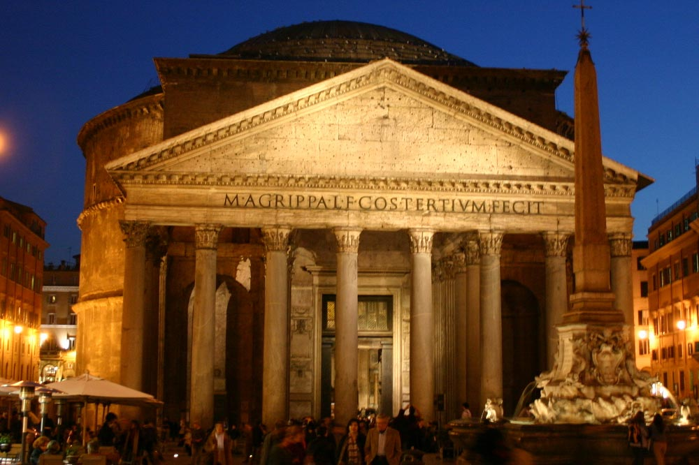 Da visitare vicino TeichnerSuite: tre meravigliose Suites nel salotto di Roma: Piazza San Lorenzo in Lucina. Contact: Alessia Teichner +39 331 3239.427